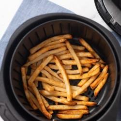 Less oil potato strips in a basket @BestRecipeBox