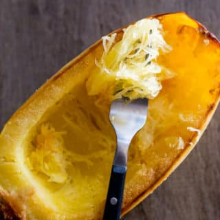 How to Bake Spaghetti Squash in Oven