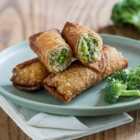 {Video} Broccoli & Cheese Chicken Egg Rolls