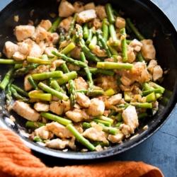 Delicious and Healthy Chicken Asparagus Stir Fry Recipe | @bestrecipebox