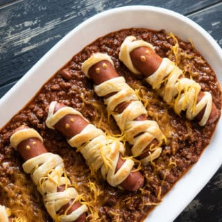 Chili Cheese Mummy Hot Dogs Recipe for Halloween Appetizer ideas @bestrecipebox