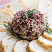 Cranberry Blue Cheese Ball for cheese ball appetizer platter | @bestrecipebox