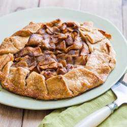 Easy Apple Galette Recipe or French Apple Pie Recipe | @bestrecipebox