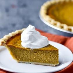 Easy Pumpkin Pie Recipe for Best Thanksgiving Pumpkin Pie Ever | @bestrecipebox