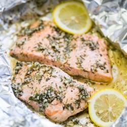 Baked Garlic Butter Salmon in Foil - Healthy Salmon Recipe | @bestrecipebox