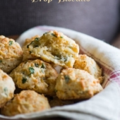 Flaky Garlic Cheddar Drop Biscuits perfect for biscuits and gravy | @bestreciepbox