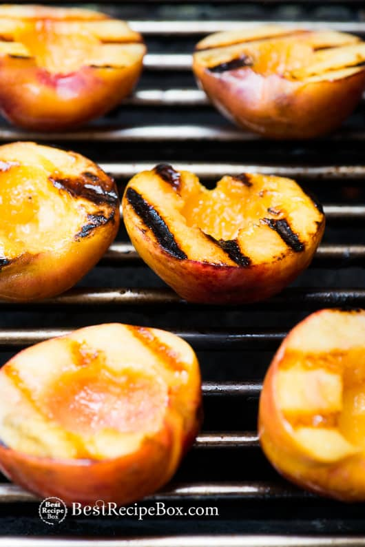 Grilled Peaches a la mode ice cream. Best Summer Peach Dessert Recipe | @bestrecipebox
