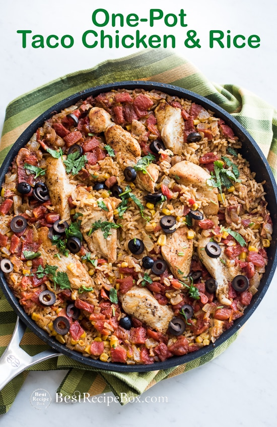 One Pot Taco Chicken and Rice Recipe is an easy Mexican Dinner | @bestrecipebox