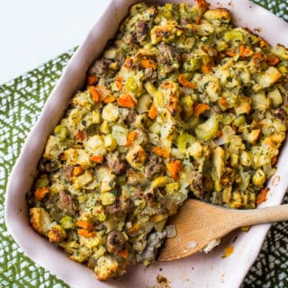 Best Sausage Apple Stuffing Recipe for Easy Thanksgiving Stuffing | @bestreciepbox