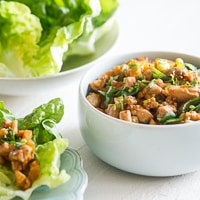 Sriracha Chicken Lettuce Cups