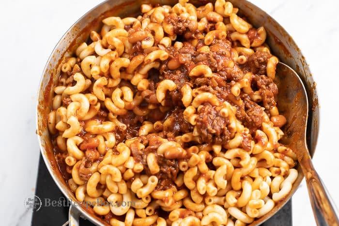 Stove top Chili Mac and cheese recipe | bestrecipebox.com