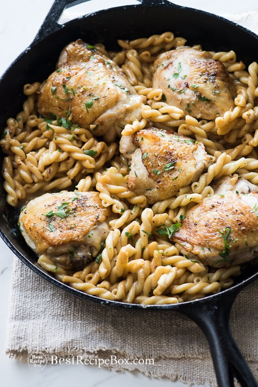 Baked Garlic Chicken Thighs or Creamy Garlic Chicken Lemon Chicken Thighs Recipe | @bestrecipebox