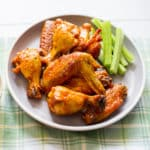 Cripsy Garlicky Buffalo Wings