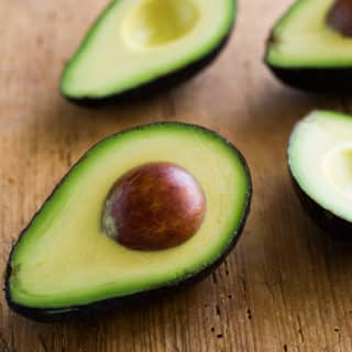"How To Cut Avocado without an injured ""Avocado Hand"""