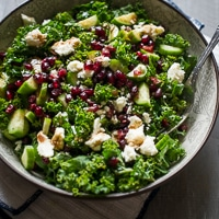 Healthy Kale & Pomegranate Salad thumbnail