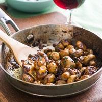 Sautéed Button Mushrooms in White Wine, Garlic, Lemon
