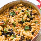 One Pot Cheesy Chicken Enchilada Pasta