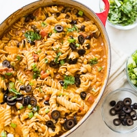 skillet-chicken-enchilada-pasta-thumb-200
