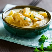 Slow Cooker Cheese Potatoes – Creamy, Cheesy and Good! thumbnail