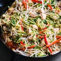 zucchini noodle pad thai-thumb 200